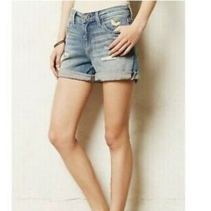 PILCRO ANTHROPOLOGIE GREAT RIPPED JEAN SHORTS